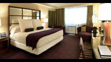 Caesars-Palace Las Vegas-Room-Suite-Forum-Tower Royal-2