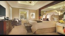 Caesars-Palace Las Vegas-Room-Suite-Laurel-Penthouse-2